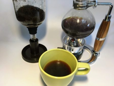 サイフォンでいれたコーヒー